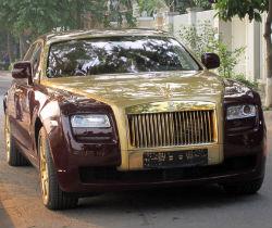 Rolls-Royce Ghost mạ vàng độc nhất Việt Nam