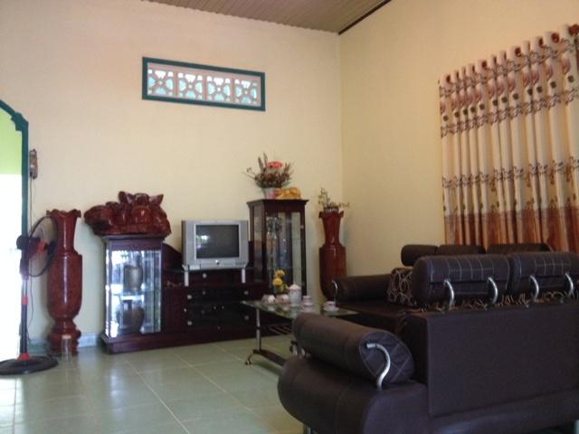 Bán nhà mặt tiền đường Huỳnh Văn Cọ khu phố 6 thị trấn Củ Chi tp Hồ Chí Minh 5x42=213m2 giá 999 triệu.