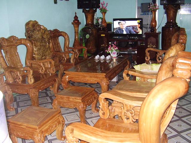 Bán bộ bàn ghế quốc đào cột 13 gỗ đinh hương giá 150 triệu